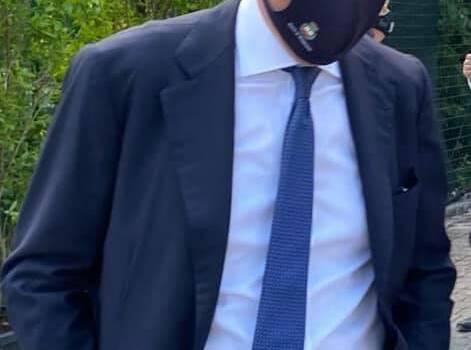 """""""Non rispondo a bugie macroscopiche, infamie e basse insinuazioni: io lavoro per Viareggio"""""""
