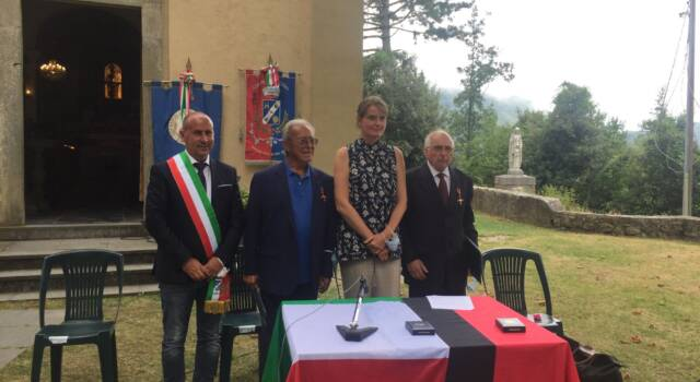 Sant'Anna di Stazzema, onorifenze a Pieri e Manzini