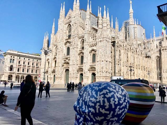 I teschi del Carnevale di Viareggio a Milano