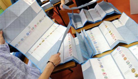 Finita la campagna elettorale, scattato il silenzio, da domani a Viareggio si vota: 5 candidati sindaco e 540 candidati al consiglio comunale
