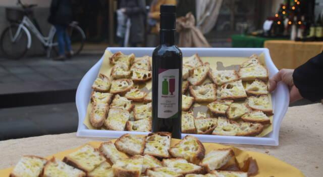 """Stop a """"Prim'olio Primovino"""" e alle fiere promozionali tra Camaiore e Lido"""