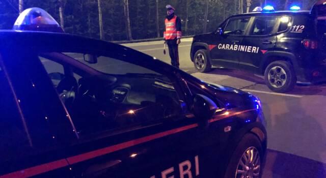 Auto sospetta a Torre del Lago, a bordo un ricercato: arrestato dai Carabinieri e messo in carcere