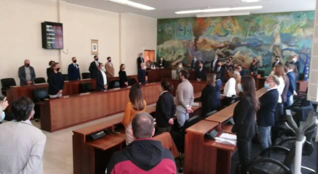 Strascichi di campagna elettorale sul primo consiglio comunale a Viareggio