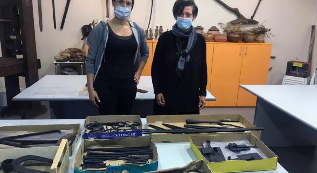"""Restaurati gli strumenti in ferro nell'ambito del progetto """"E sem a Gombetea"""""""
