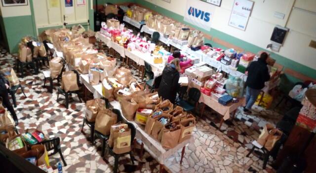 Il volontariato di Massarosa regala il Natale a chi ne ha più bisogno