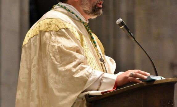L'Arcivescovo celebra a Viareggio, Lucca e Castelnuovo