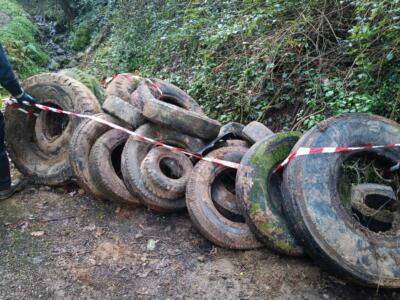Canali pieni di rifiuti, task force per la pulizia