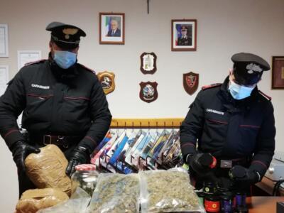 Droga, trovato con 4 kg di marijuana in casa