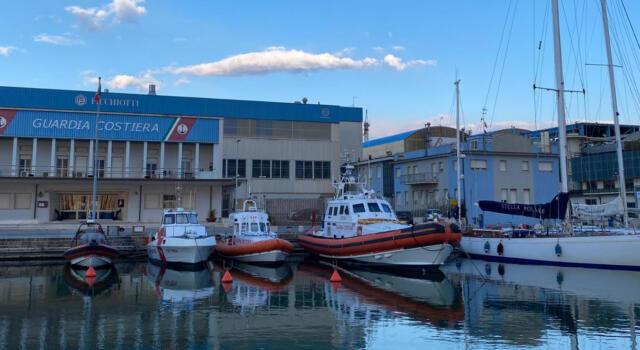 Firma nuovo Regolamento accosti pubblici porto di Viareggio