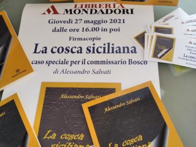 Firmacopie domani alla Mondadori per un poliziesco ambientato a Viareggio