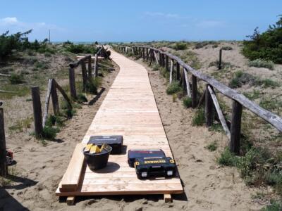 Spiagge del Parco: si rinnovano le passerelle per il mare
