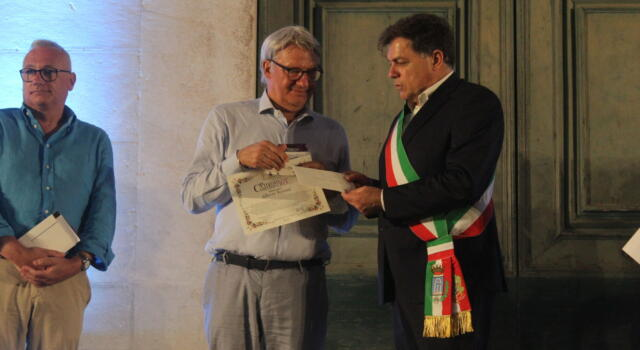 Alberto Bertoni (L'isola dei Topi) vince 65esimo Premio Carducci