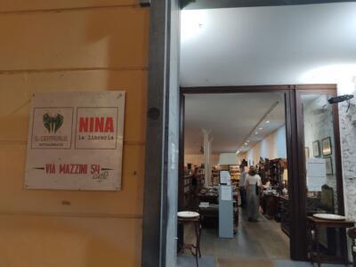 """In giro per librerie: """"Nina"""", la magia dei libri nella piccola Atene"""