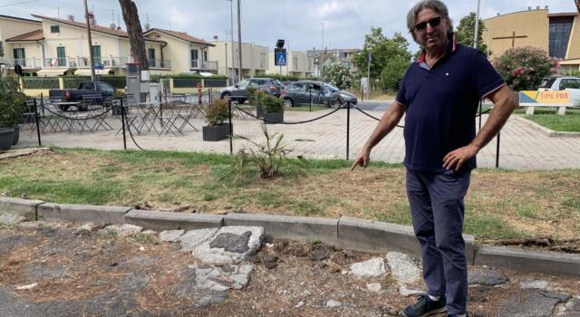 "Dondolini (FDI): ""Piazza Giuseppe Murri in condizioni disatrose"""