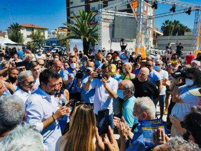 Salvini in Versilia: Centrodestra unito a guida Lega