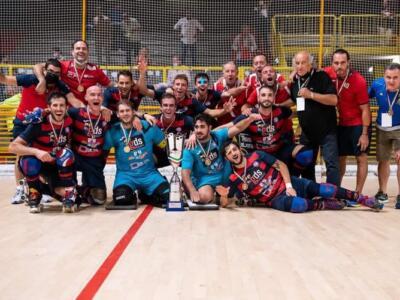 Il Forte alza per la seconda volta consecutiva la Supercoppa Italiana di hockey su pista
