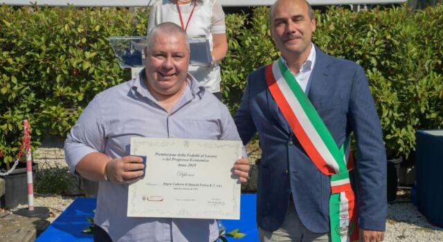 Premio della Fedeltà al Lavoro a due imprenditori di Forte dei Marmi