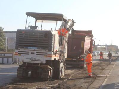 Pietrasanta: via Aurelia in sicurezza, nuovi cantieri per asfaltature tra Focette e Ponterosso